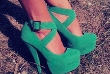shoes  / by Gisselle Coello