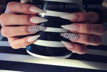 Nails Looove