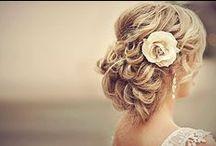 Hair Ideas! / by Carrie Gould