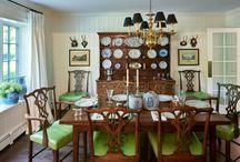 Traditional Dining Room, dining room wallpaper, shiplap