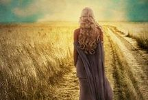 Seasonal Dreaming: Autumn / Traditionally, Lammas or Lughnasadh marks the beginning of autumn. Bread was baked, the corn was cut, fruit was picked. This is the time of harvest festivals.