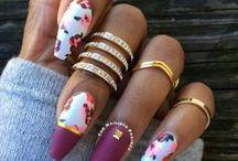 Beauty | Nails / I don't like plain nails. They make me sad!