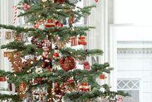 Christmas Decor Ideas / Favorite Ideas for all Christmas Decor and crafts