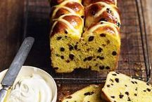 Food & Drink: Breads and pizzas