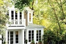 Luxe Home : Gardening / These are the ideas to get through the weeds.