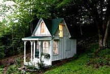 Cottage / by BIZZYBUNCH