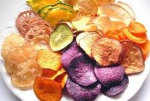 Snacks / healthy snacks to make / by Morgan Sabo