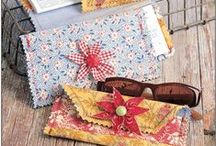 Purse, Bag and Tote patterns / Need a purse pattern, bag pattern, tote pattern?  Look no further.  We have many!