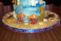 Decorated cakes / by Leslie Floyd