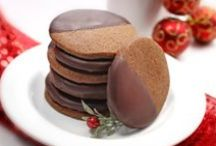 Holidays - Chrismtas Cookie and Candy Platter / by Rondi Anderson