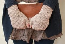 Knit gloves and mittens
