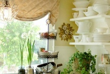 Cottage Decorating Ideas / Simple, natural cottage style decorating is always refreshing. Enjoy the photos and learn more about this style at  http://www.DecoratorFiles.com/CottageDecorating.html