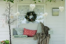 Country Christmas Decorating Ideas / Simple, natural ideas for a Country Christmas to remember! Visit www.DecoratorFiles.com/CountryChristmasDecorating.html for inspiring holiday ideas