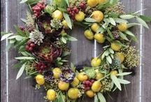 In Good Taste: Bouquets & Decor From Your Edible Garden / Inspiration for creating unique decor using blooms, foliage, and fruit of edible plants. Collaboration of Stefani Bittner (Homestead Design Collective) and Mary Beth Shaddix (gardener, writer, nursery owner).