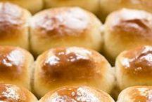 Food--Bread / by Lynne Beecham