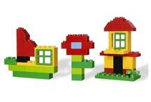 Dla najmłodszych / Lego Duplo to klocki dla  dzieci w wieku od 1,5 do 5 roku życia. Duplo to duże elementy, którymi Twoje dziecko może się bezpiecznie bawić. Te specjalnie wzmocnione klocki są wyjątkowo wytrzymałe. Duplo to idealna zabawka dla malucha. Zabawki od 1,5 do 5 lat.