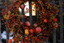 Wreaths DIY & Buy Online / Board contains Do-It-Yourself wreaths and wreaths pinned from online retailers. / by Jacquelyn Boutall