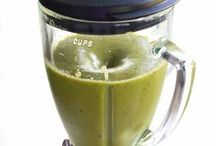 > Smoothies, Shakes, Coffee & Tea / by Jacquelyn Boutall