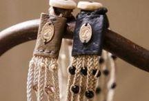 DIY jewelry  & accesories - threads & fabrics / by Lida Tur