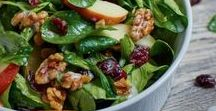 Healthy Salad Recipes / Looking for healthy and delicious salads? These recipes will inspire your weeknight dinners and help you eat healthier!