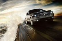 2015 Infiniti QX70 / The Infiniti QX70 was designed to outrun the conventional concept of the luxury crossover. It's proof that luxury never has to be dull.  Its performance sets a heart-racing standard, and its styling draws a line in the sand others simply won't cross.