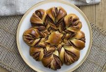 Recipes to Love Thermomix ebook / Recipes to Love Thermomix ebook has been created from recipe competitions on the Thermomix in Australia Facebook page.  •  This ebook is a collection of the 'best of the best' recipes  •  Suitable for both TM31 and TM5  •  With winning recipes for dips, snacks, mains, cakes, desserts and more, you'll find something to suit every occasion.