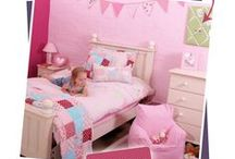 Vintage bedroom theme / Put the cherry on top of your little cupcake's bedroom. With gorgeous pinks, red and blues, this theme is perfect for little girls who like the pretty vintage look. Team up our beautiful Tea Party bedding set, with our pale pink soft furnishings and complementary accessories. Best served with a cup of tea!