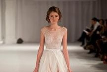 Wedding Dress / by Ale cupcakeeventi