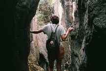Viajar / a strong desire for or impulse to wander or travel and explore the world.