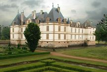 france chateaux / lovely chateux in frane that you may want to visit on your travels to france