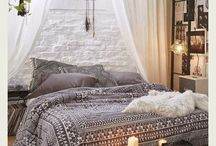 Nic & Toms Bedroom / Satwic inspiration, candles, cosy, passionate