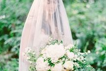 White Wedding Flowers / White wedding flowers inspiration. / by Love My Dress®
