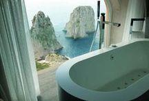 Bathrooms / La stanza più intima, dove il relax fa da padrone. Particolari che fanno la differenza.