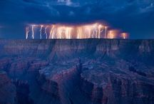 Lightning Strikes / Collection of sensational lightning strike photos.