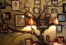 Decor: Family photos wall