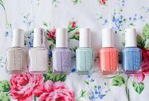 nails ✨ / favourite nail designs and polish shades  / by Äshley Wood
