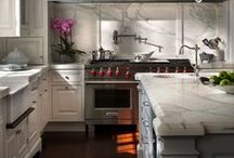 kitchens / by Fabiana