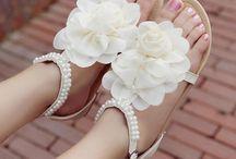 Cute stuff to wear / by Ashlyn G.