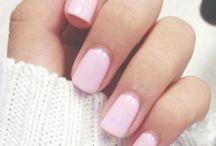 Nails / by Karlita Besek
