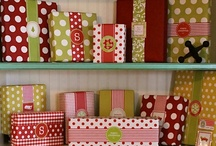 GIVE THIS: Gift Wrap It Up / by Andi McDonald