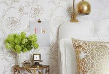Wall Ideas File / Beautiful wallpaper, wall stenciling, wall design, painting on walls...you get the picture.