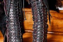 I love footwear / by Roxanne Genejuarez
