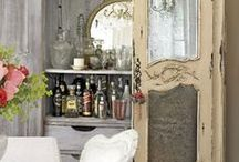 Entertaining Spaces File / Ideas and inspiration for home bars.