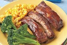 Porky Pig Would Hate These Recipes / by Melissa Buck