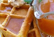 Breakfast Treats & Healthy Eats / by Briana Holmes
