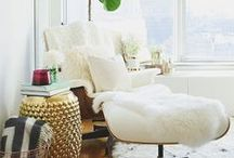 Home Decor - Reading Nooks and Home Libraries / All the bookworms put your hands up! Reading is my favorite pastime, hands down. So it only makes sense to incorporate it in my decor... eventually. Here are a few ideas to inspire me.