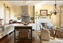 Kitchens / by Lee Rose