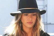 Jessica Alba's Style @ The Trend Boutique / Shop Jessica Alba's Chic and Comfy style @ The Trend Boutique!