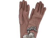 (Gloves) Gants