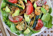 Healthy Food : Salad and Salad Dressings / Light salads and healthy dressings! / by Cat 💗